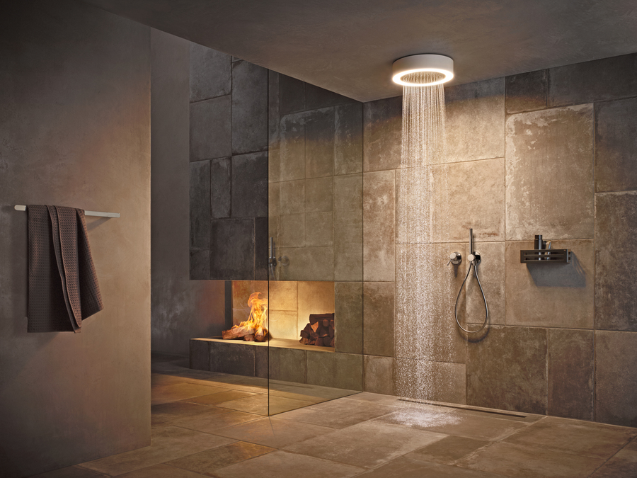 Smart-Bathroom_Keuco_Royal_Midas_Duschleucht