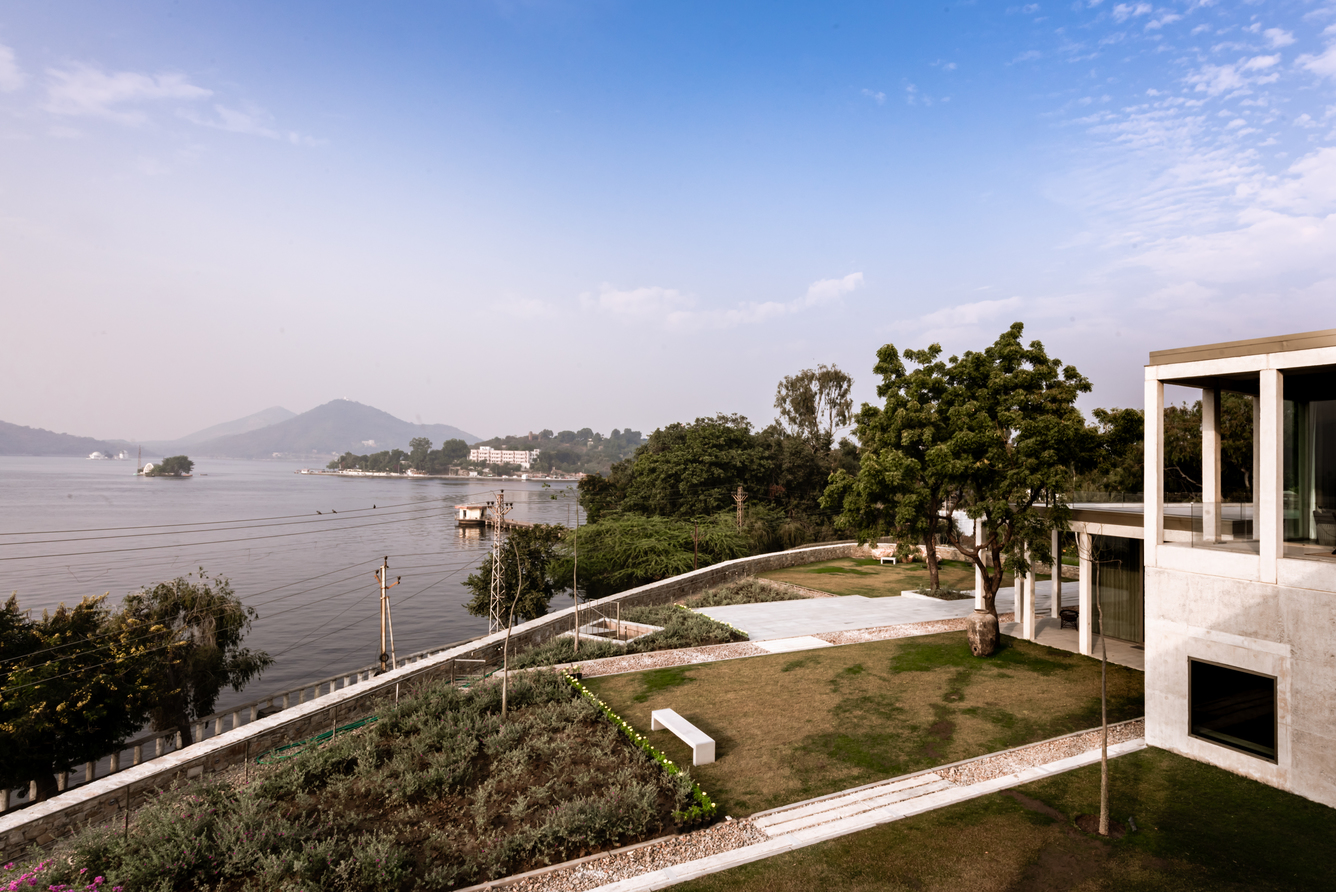 view towards fateh sagar late & the aravali range.jpg