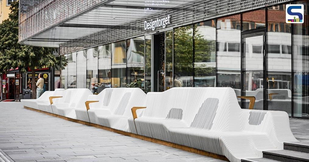A 65 meter-long public 'sofa' designed by White Arkitekter has now become a cynosure in the Uppsala's Forumtorget square.