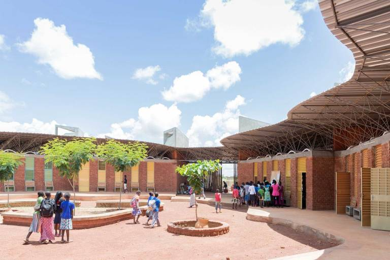 Ring Shaped School in West Africa