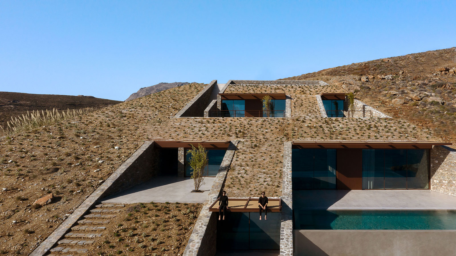 mold-architects-ncaved-house-greece