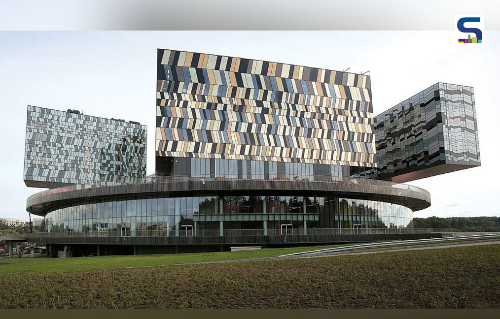 the Moscow School of Management Skolkovo in Russia (2010)