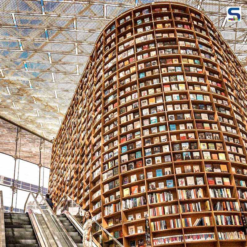 Architecture Admirers and Book Lovers Alike Will Fall in Love with Starfield Library in Seoul